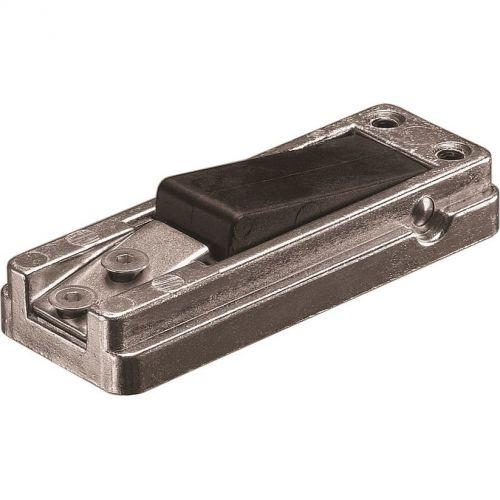 Accesoriu control acces Assa Abloy DC152, Blocator usa pentru brat glisant